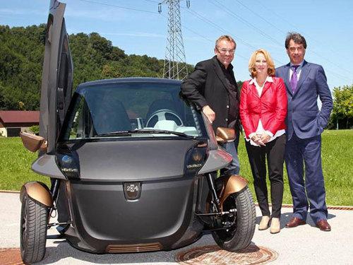 续航100公里 摩托车厂KTM打造三轮电动车