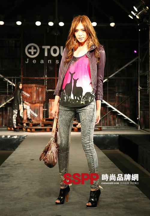 香港潮牌it官网_黄晓明演绎香港潮牌TOUGH Jeansmith服装2011秋冬系列-奢侈品频道-和讯网