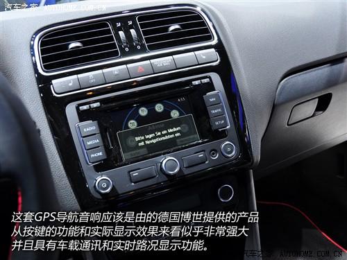 『海外版pologti中控台位置配有液晶显示屏』