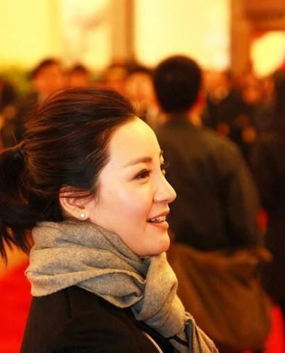 2012全国两会美女记者风采大pk