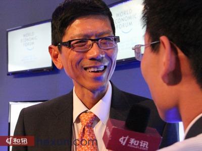 新加坡国立大学校长陈祝全接受和讯网访谈-陈祝全 新加坡工科学生1