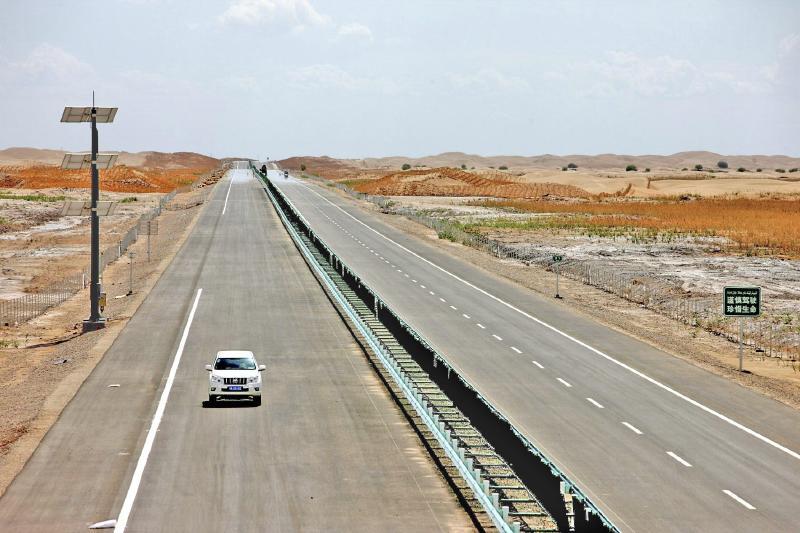 三岔口—莎车高速公路10月完工