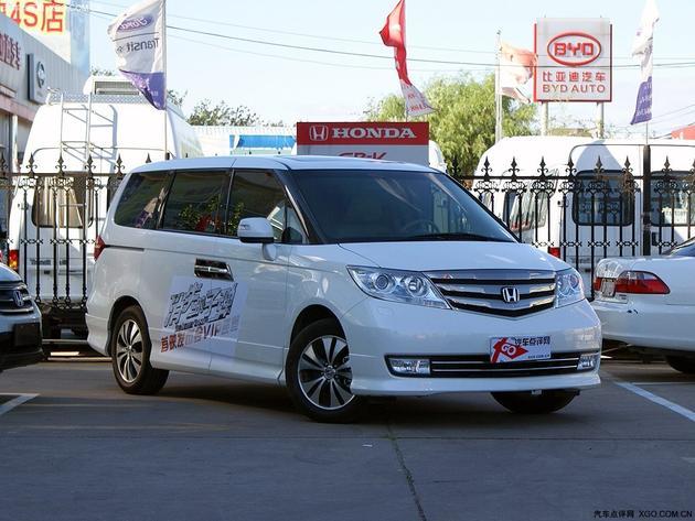 艾力绅是东风本田旗下首款mpv车型,定位于高端商务mpv的艾高清图片