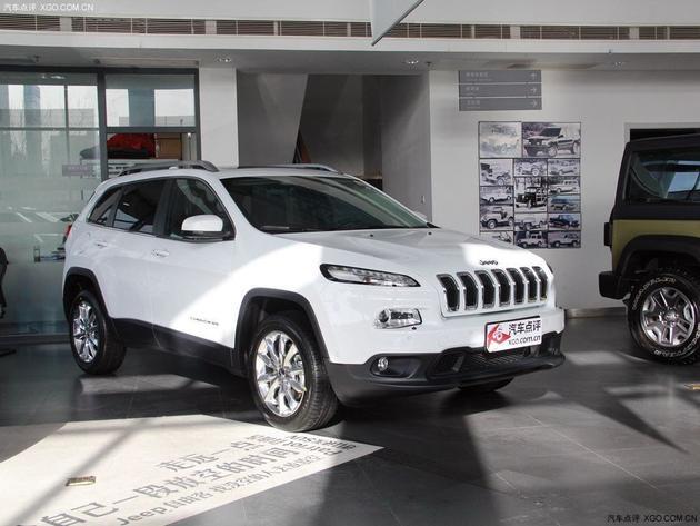 jeep自由光现车销售 购车即送豪华礼包高清图片