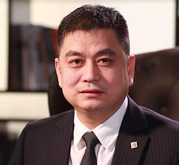 华夏保险陈玉龙