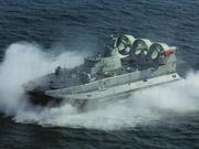 南海舰队十万火急列装野牛舰